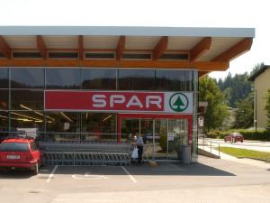referenzen_13_01_dachkonstruktion_spar_supermarkt_qf-300x225