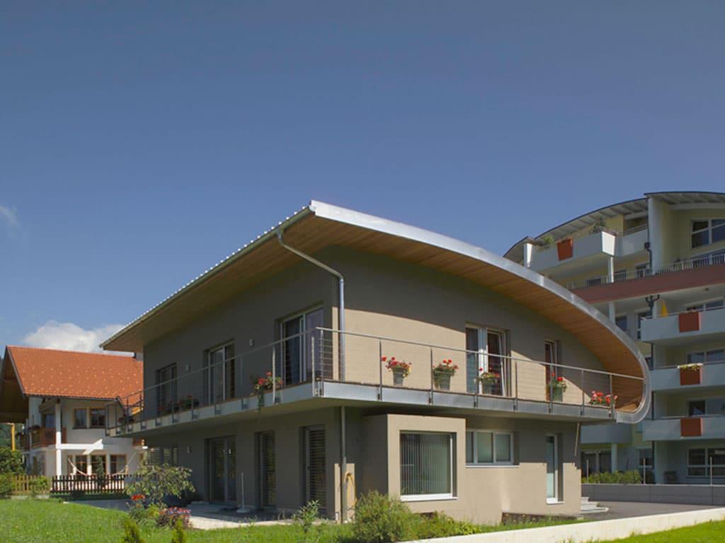 Referenzen 18 03 wohnhaus pirmoser holzhaus qf pirmoser for Holzhaus wohnhaus
